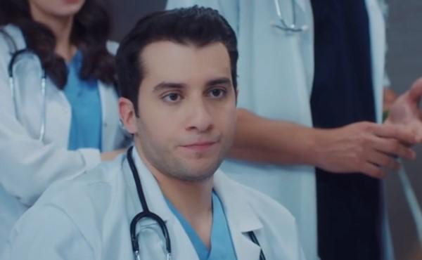 Mucize doktor Demir Karakteri